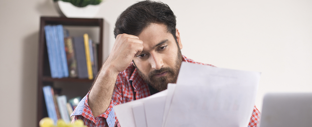 What does the loan price depend on?